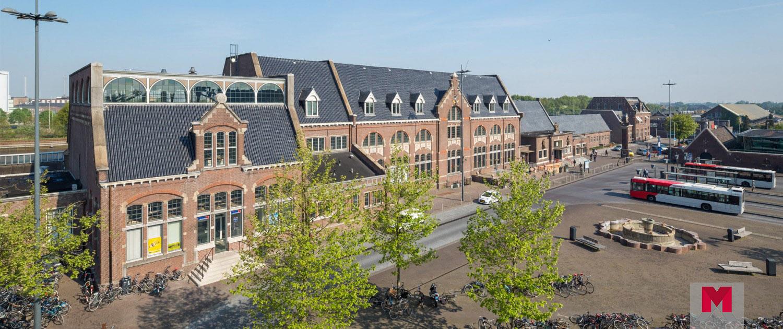 Het stationsgebouw in Roosendaal.